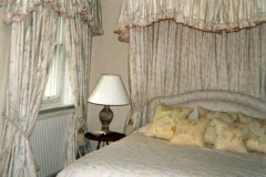 WhimpoleStbedroom